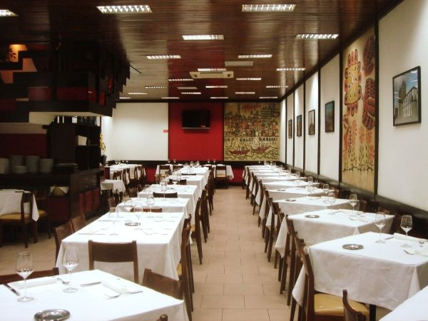 Restaurante na baixa do porto
