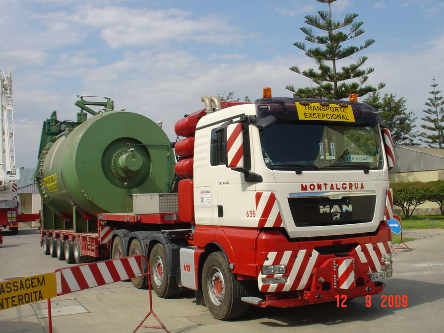Special transportation of 60 tons autoclave from Montalgrua